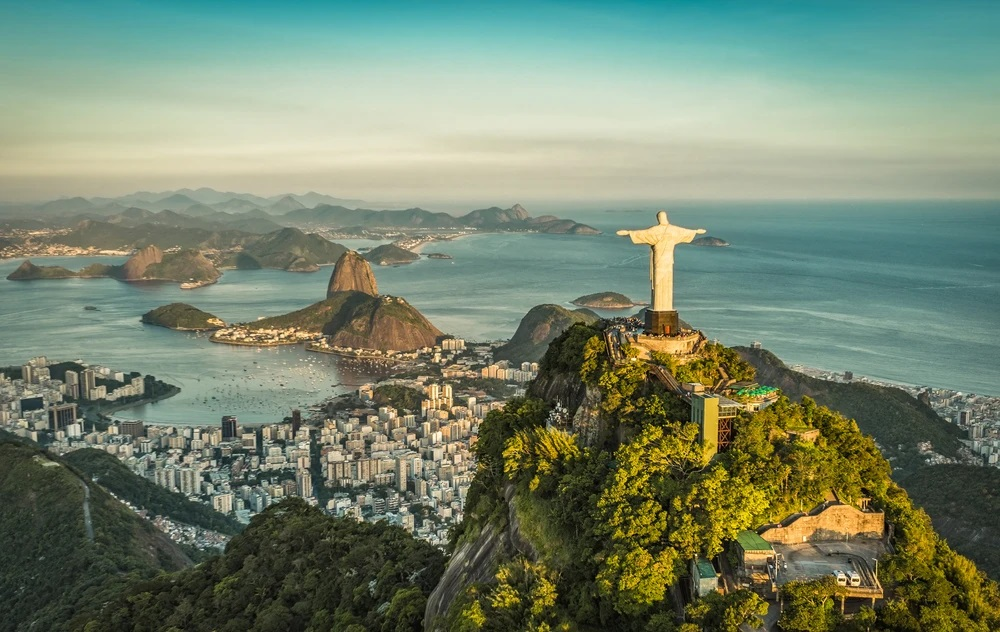 Gary L'Heureux - The Best Time to Travel to Brazil